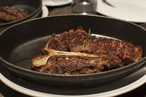 Mangalda veya tavada lezzetli et pişirme püf noktaları; 20