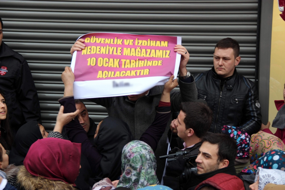Konya'da 1 Liralık Kampanya İzdihamı 6