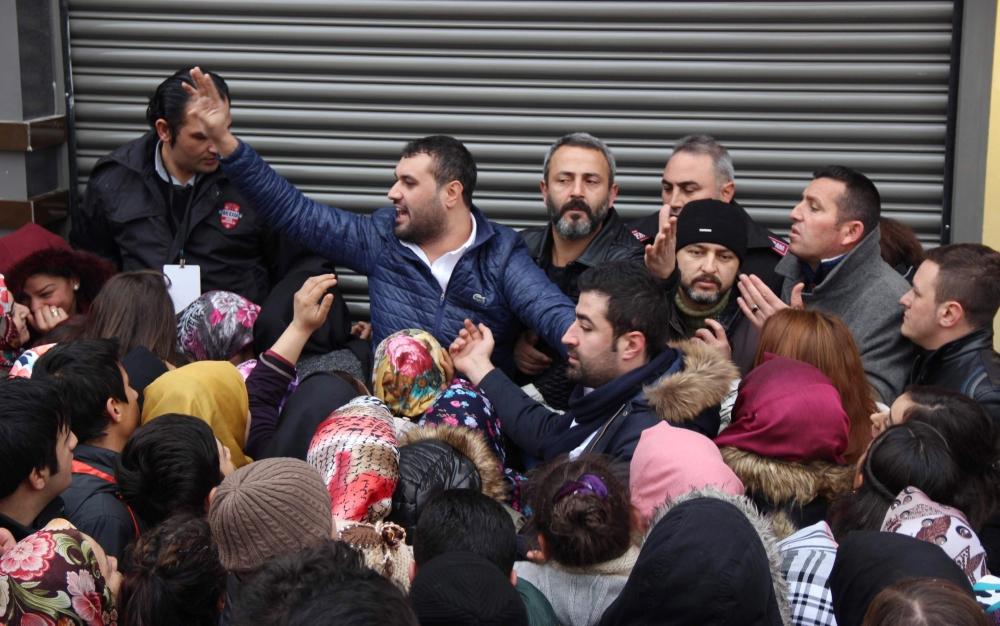 Konya'da 1 Liralık Kampanya İzdihamı 7