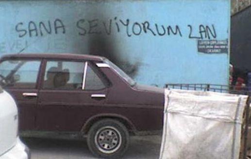 1800 Yıllık Tarihi Yapıya İsmini Kazıyan Türk 7