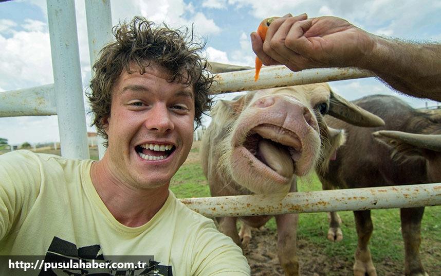 Çektiği Selfielerle İmrenilen Adam Allan Dixon 20