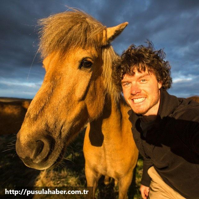 Çektiği Selfielerle İmrenilen Adam Allan Dixon 29