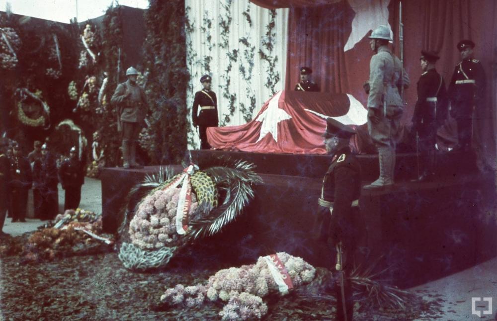 Gazi Mustafa Kemal'in naaşı böyle taşındı 2