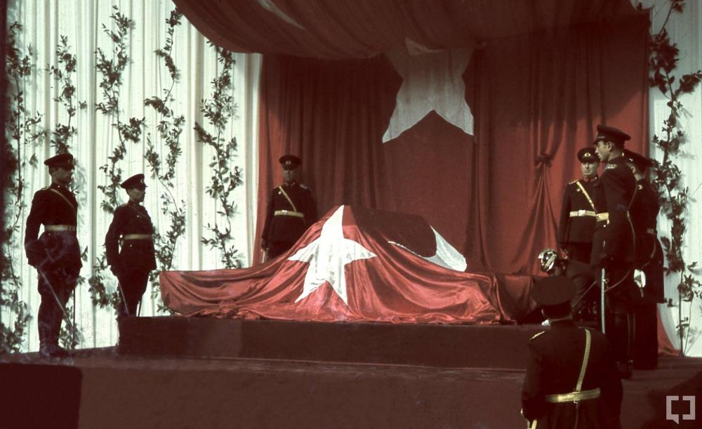 Gazi Mustafa Kemal'in naaşı böyle taşındı 3
