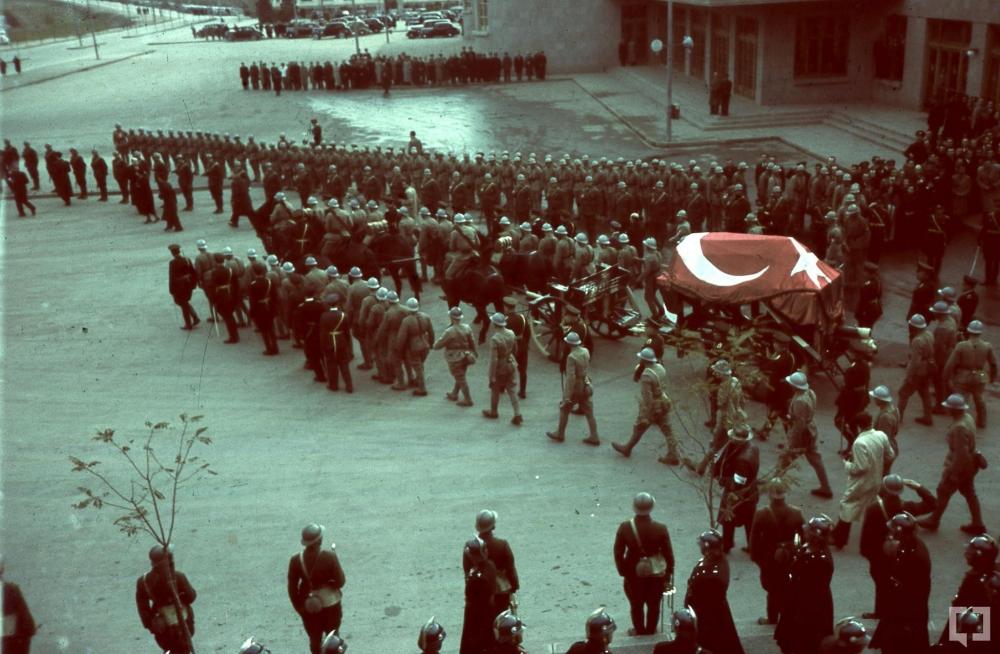 Gazi Mustafa Kemal'in naaşı böyle taşındı 9
