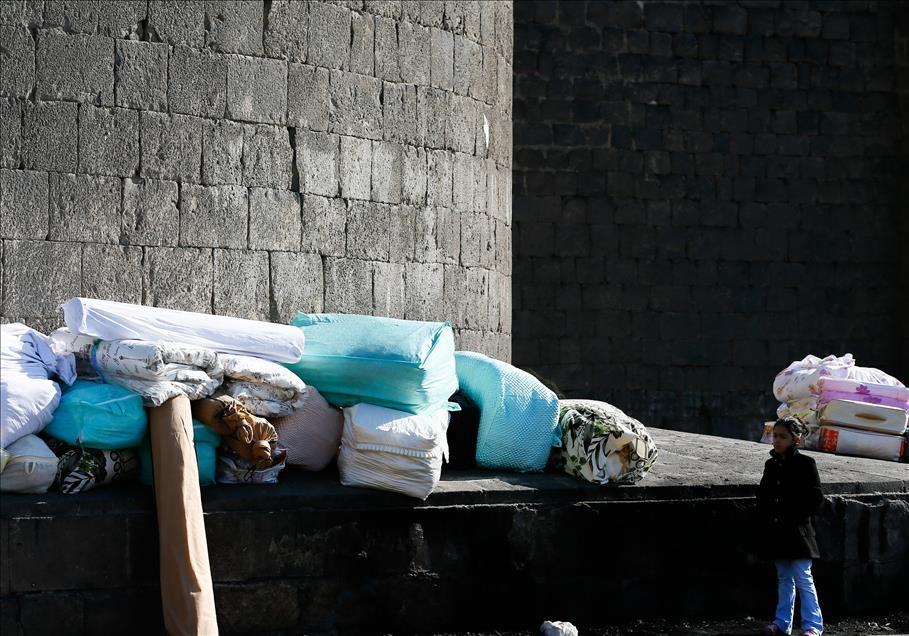 Sur'da vatandaşlar evini terkediyor 10