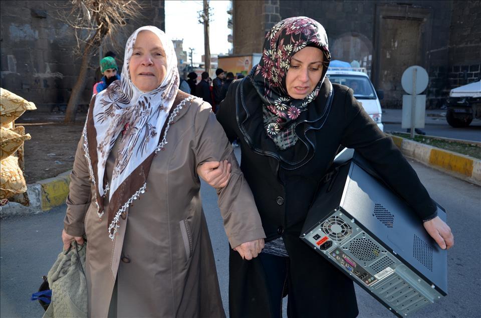 Sur'da vatandaşlar evini terkediyor 2