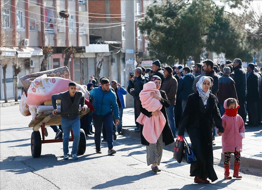Sur'da vatandaşlar evini terkediyor 6