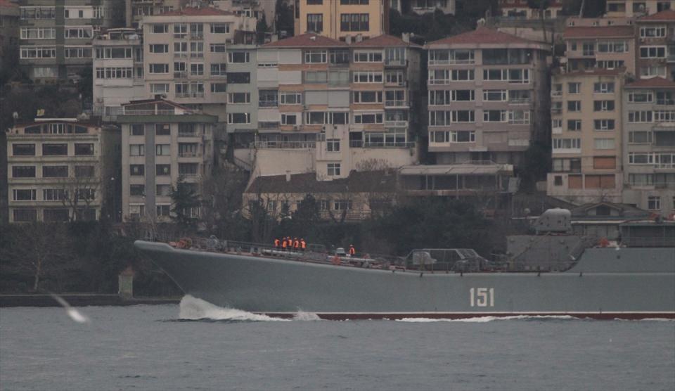 Rus gemileri boğazdan geçti 17