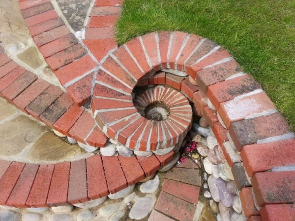 Taşlarla yapılmış bir birinden güzel yapıtlar 5
