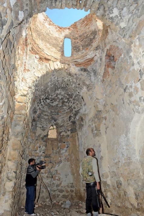 Bu manastıra gitmek cesaret ister 25