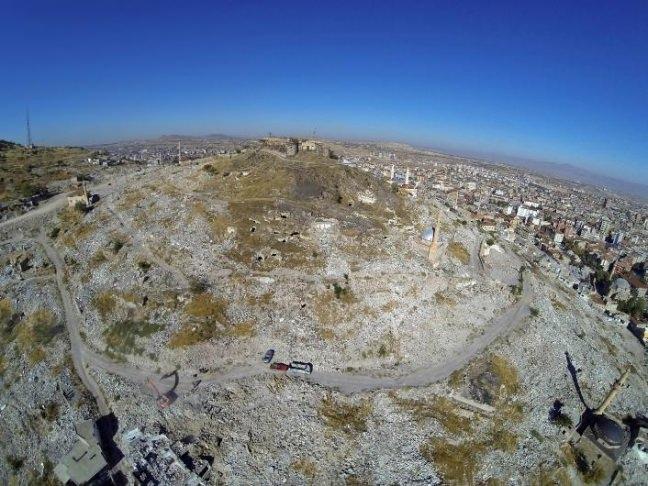 Nevşehir'de yeraltı şehri bulundu 1