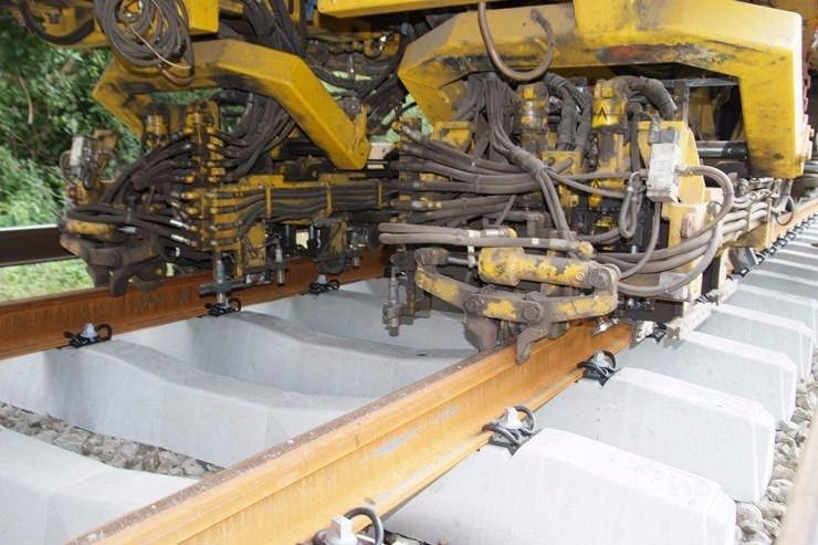 Adeta yürüyen fabrika 8
