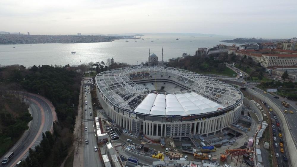 Vodafone Arena'da Beşiktaş yazısı göründü 1