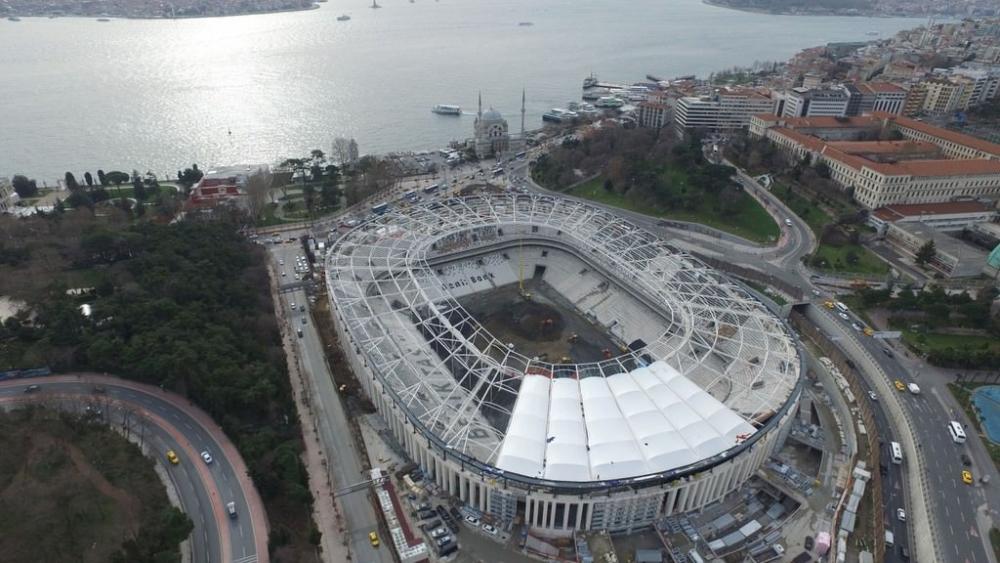 Vodafone Arena'da Beşiktaş yazısı göründü 12