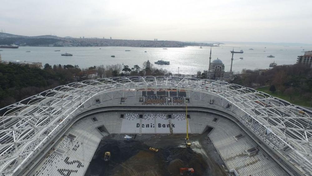Vodafone Arena'da Beşiktaş yazısı göründü 21