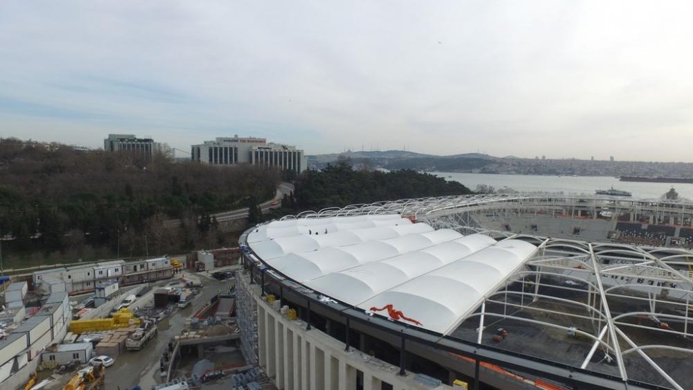 Vodafone Arena'da Beşiktaş yazısı göründü 3