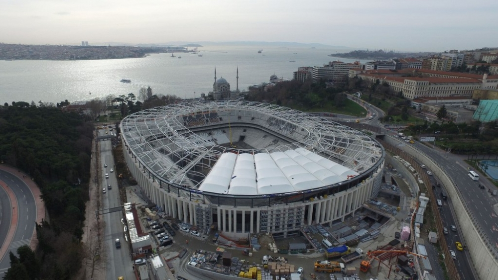 Vodafone Arena'da Beşiktaş yazısı göründü 4
