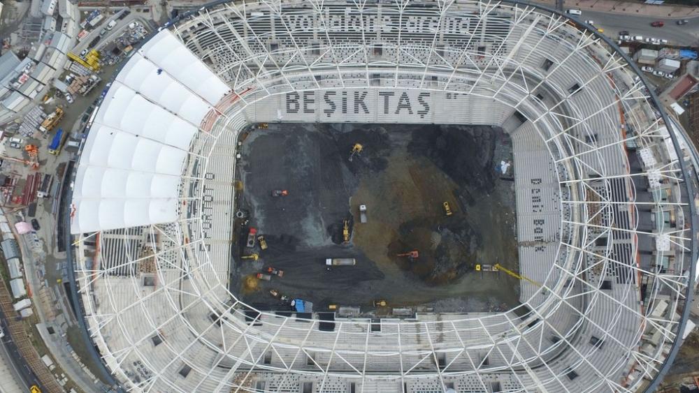 Vodafone Arena'da Beşiktaş yazısı göründü 6