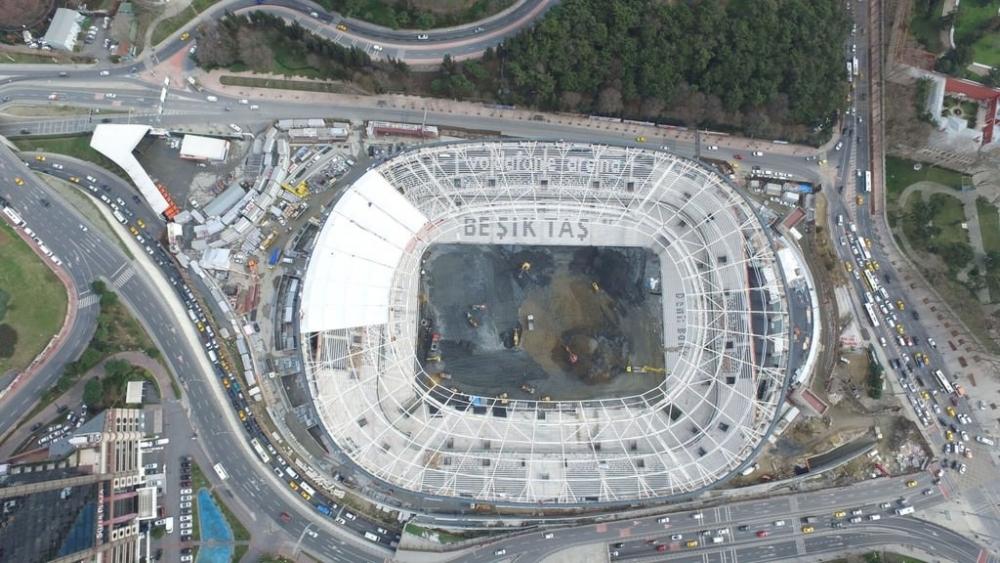 Vodafone Arena'da Beşiktaş yazısı göründü 7