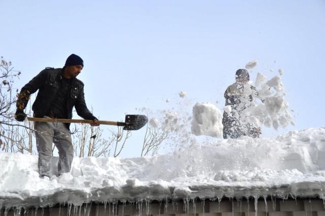 Doğu'nun kar çilesi sürüyor 18