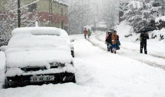 Doğu'nun kar çilesi sürüyor 19