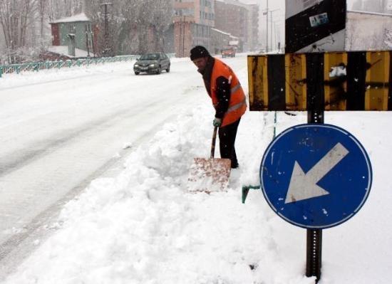 Doğu'nun kar çilesi sürüyor 23