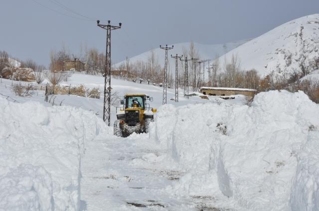 Doğu'nun kar çilesi sürüyor 5