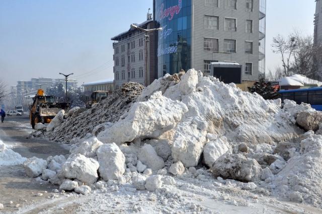 Doğu'nun kar çilesi sürüyor 9