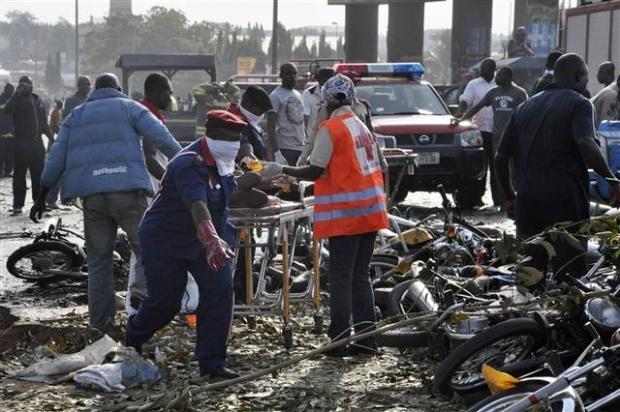 Nijerya'da otobüs terminaline bombalı saldırı 1