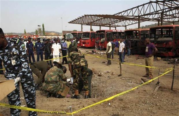 Nijerya'da otobüs terminaline bombalı saldırı 10