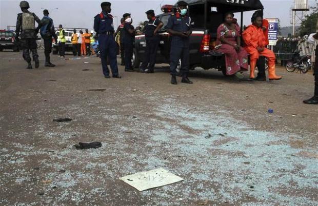 Nijerya'da otobüs terminaline bombalı saldırı 11