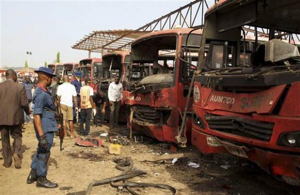 Nijerya'da otobüs terminaline bombalı saldırı 12