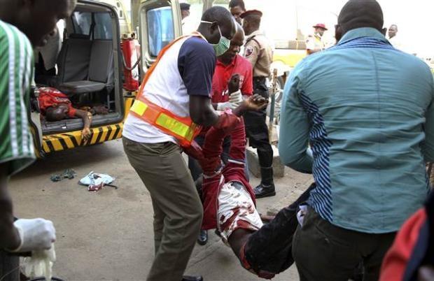 Nijerya'da otobüs terminaline bombalı saldırı 8