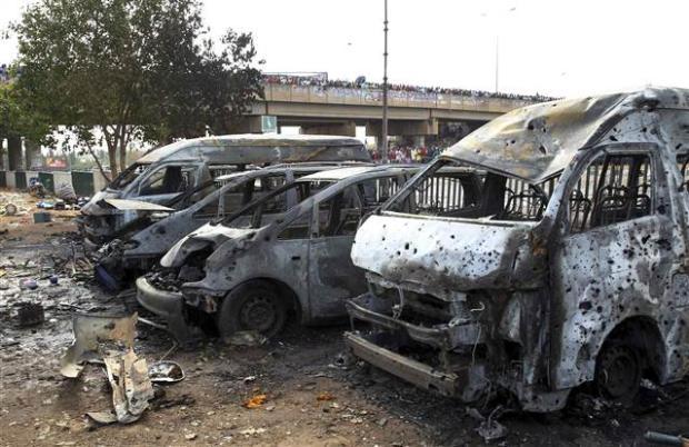 Nijerya'da otobüs terminaline bombalı saldırı 9