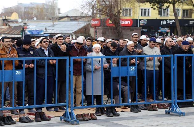 Mehmet Kırkıncı Hoca'yı binler uğurladı 16