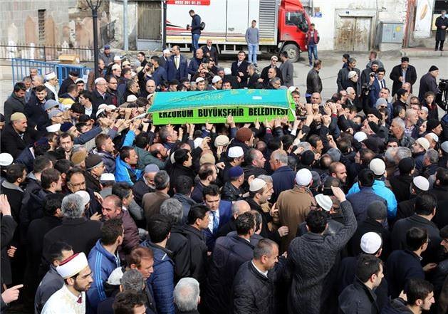 Mehmet Kırkıncı Hoca'yı binler uğurladı 23