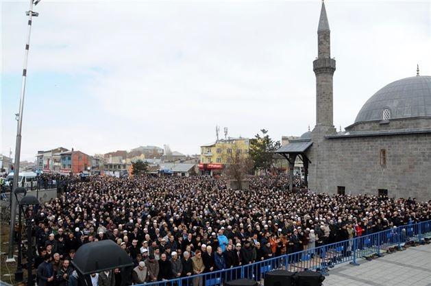 Mehmet Kırkıncı Hoca'yı binler uğurladı 4