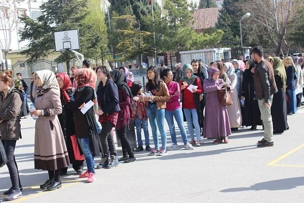 Konya'da YGS manzaraları 4