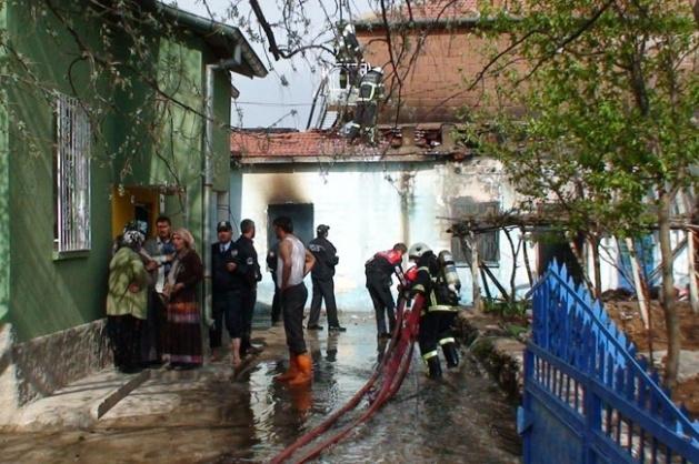 Aksaray'dan acı haber: 2 çocuk yanarak can verdi 2