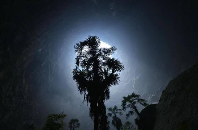 Çin'deki dev mağara ilk kez görüntüledi 12