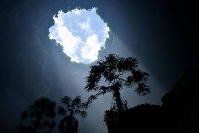 Çin'deki dev mağara ilk kez görüntüledi 7