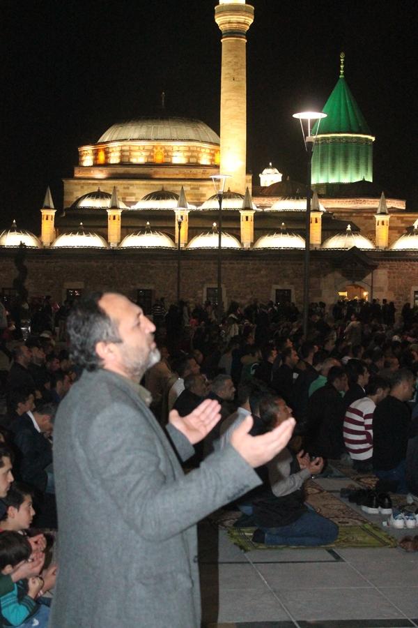 Konya'da Regaip Kandili 13