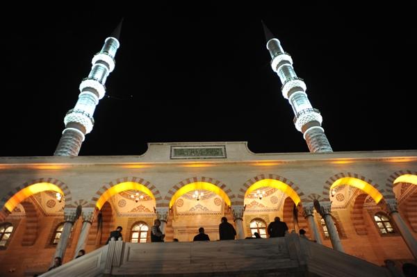 Konya'da Regaip Kandili 2