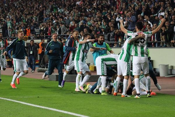 Fenerbahçe maçının fotoromanı burada 27