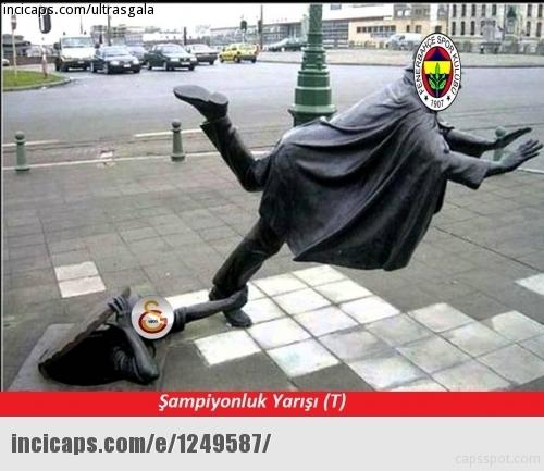 Galatasaray-Fenerbahçe derbisinin Caps'leri 11