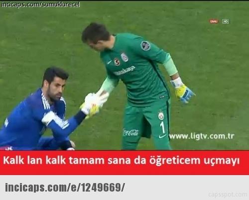 Galatasaray-Fenerbahçe derbisinin Caps'leri 3