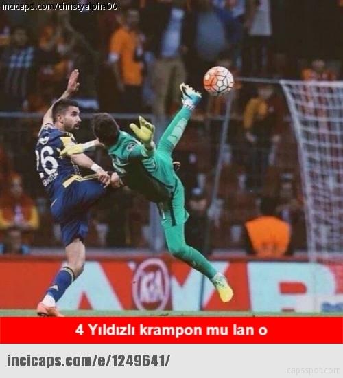 Galatasaray-Fenerbahçe derbisinin Caps'leri 6