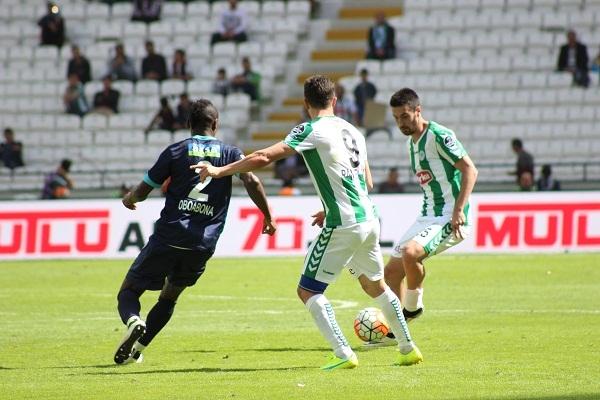 Torku Konyaspor - Çaykur Rizespor maçından kareler 15