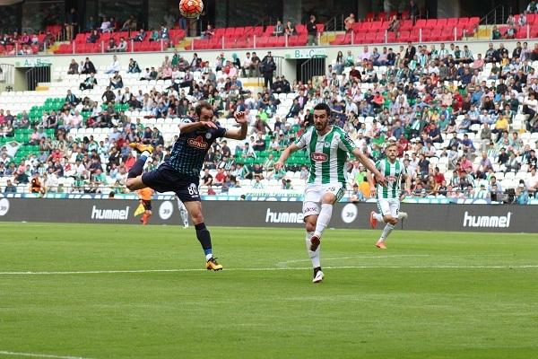 Torku Konyaspor - Çaykur Rizespor maçından kareler 3